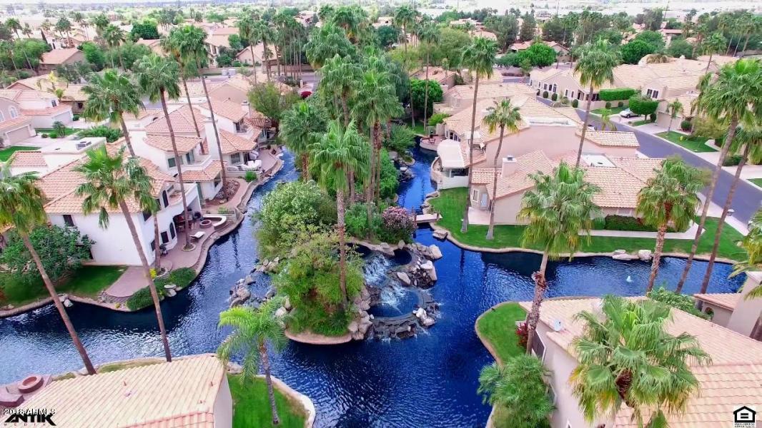 Photo of 621 S PARADISE Drive, Gilbert, AZ 85233