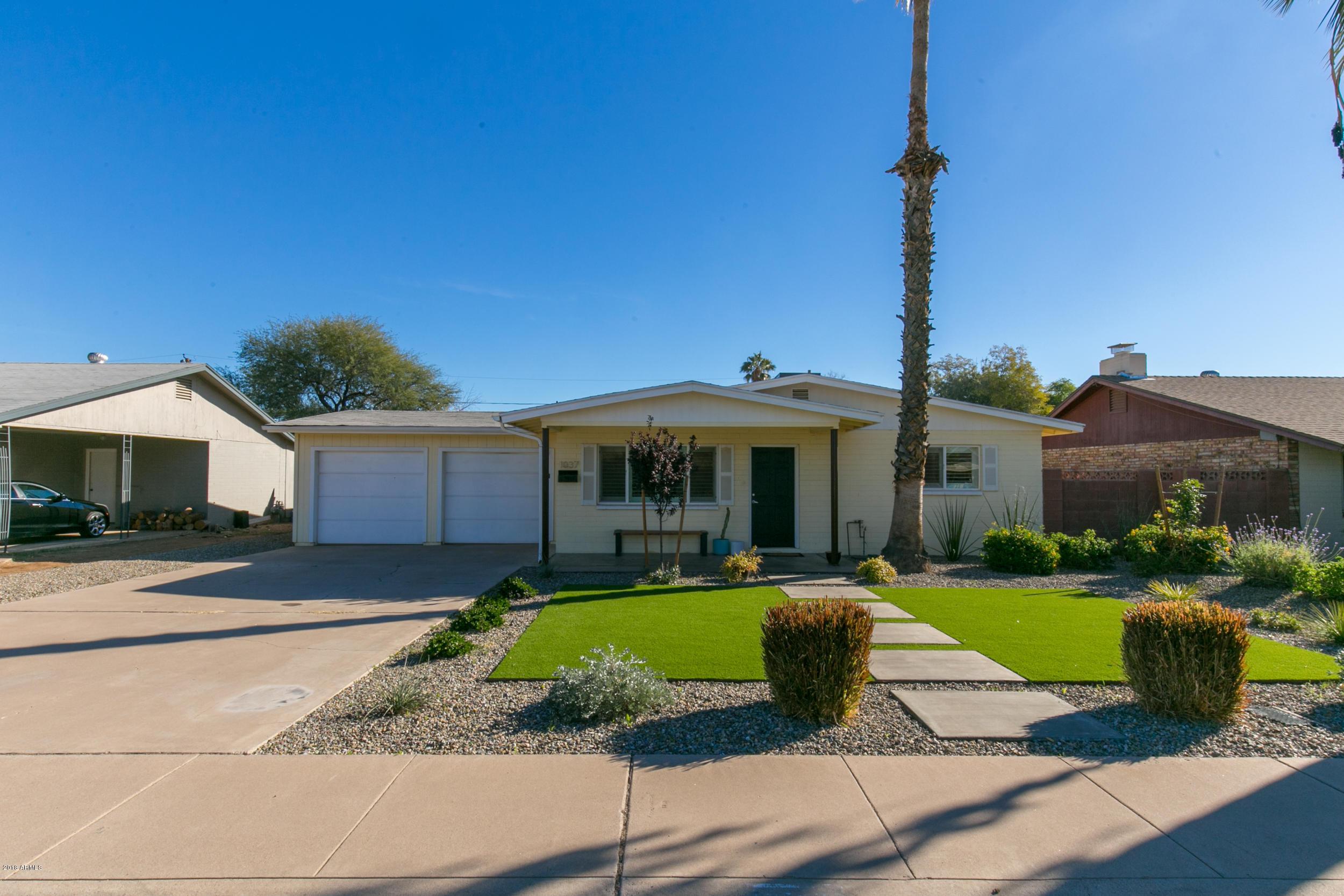 Photo of 1037 S PARKSIDE Drive, Tempe, AZ 85281