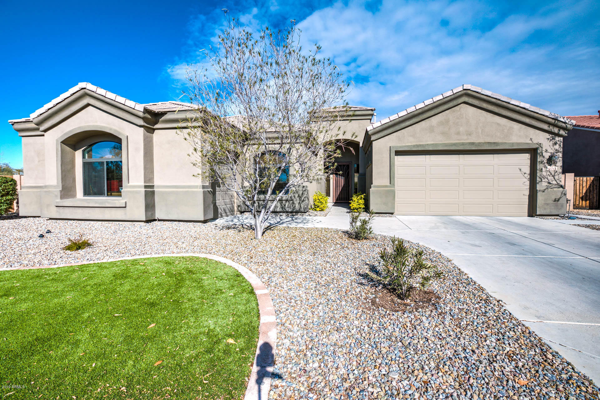 Photo of 3054 E BARTLETT Place, Chandler, AZ 85249