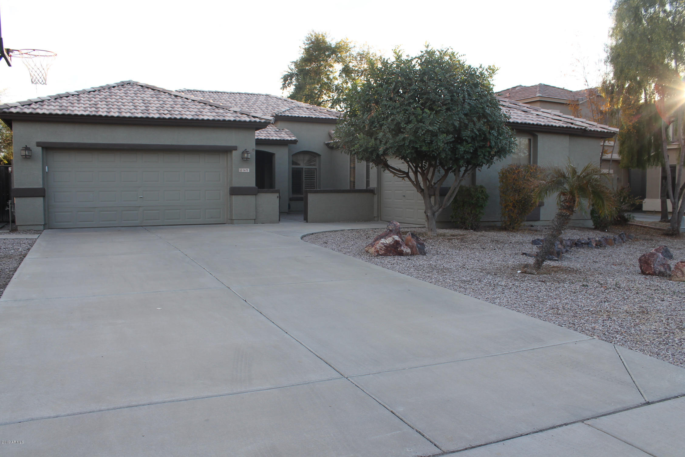 Photo of 1671 E REDWOOD Place, Chandler, AZ 85286