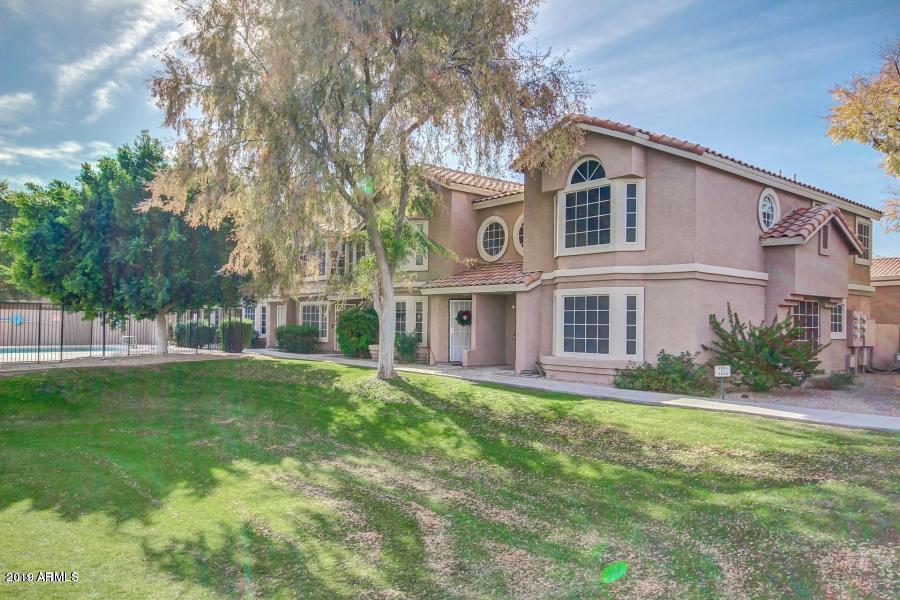 Photo of 2875 W HIGHLAND Street #1115, Chandler, AZ 85224