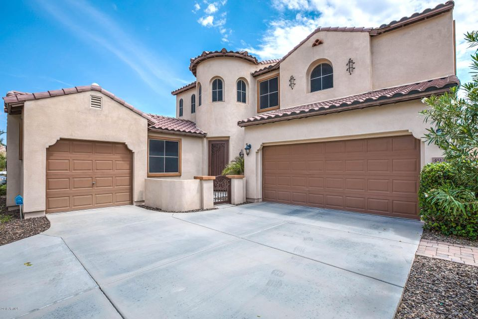 Photo of 4931 S WHITE Place, Chandler, AZ 85249