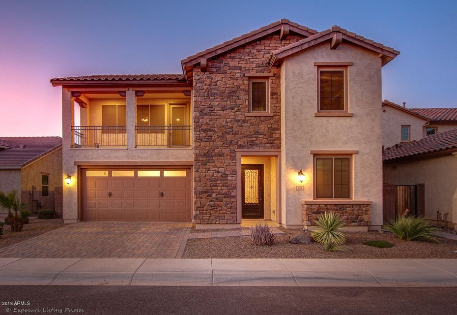 Photo of 104 E PRESCOTT Drive, Chandler, AZ 85249