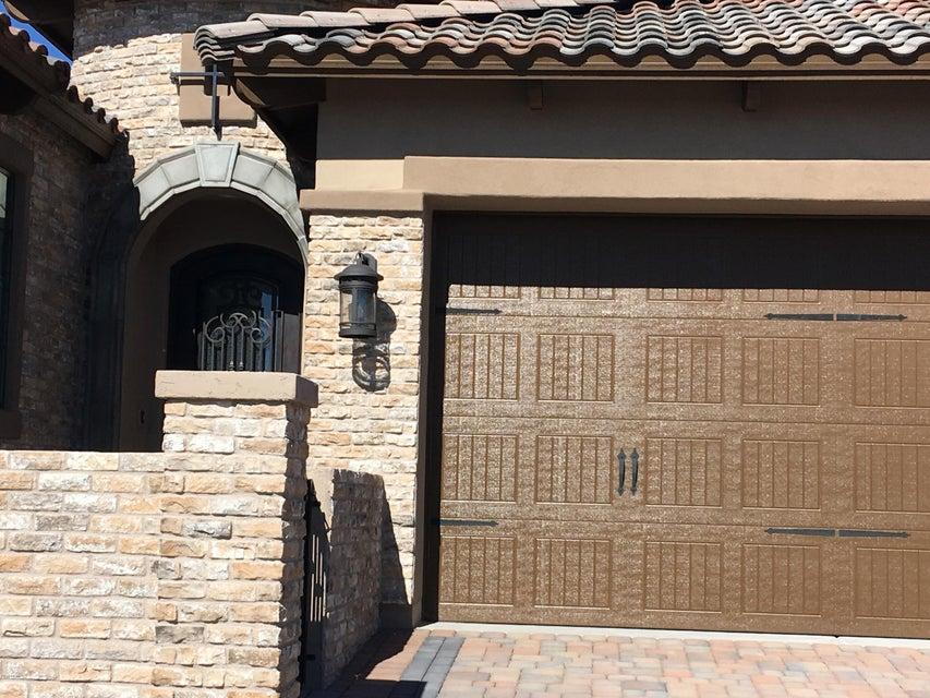 Photo of 8944 E JUNE Street, Mesa, AZ 85207